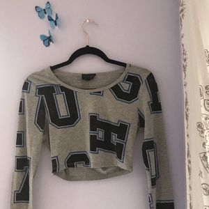cheerleader long sleeved crop top